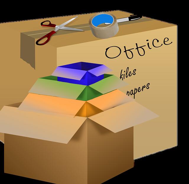 stěhovací krabice z kanceláře