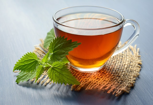 čaj s kopřivou
